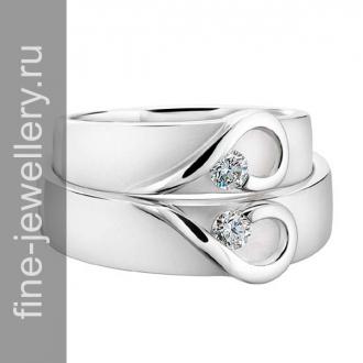 Обручальные кольца с сердечками и бриллиантами