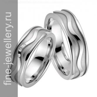 Обручальные кольца с орнаментом в виде волны