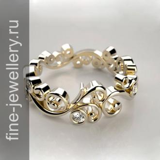 Ажурное кольцо из жёлтого золота