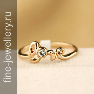 Золотое кольцо с надписью love