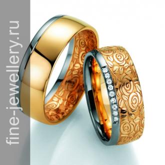 Обручальные кольца с узором из роз